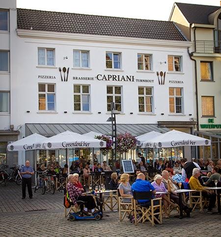 Markt Turnhout Terras Brasserie Capriani
