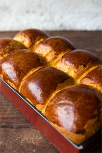 Hoe maak ik brioche brood?