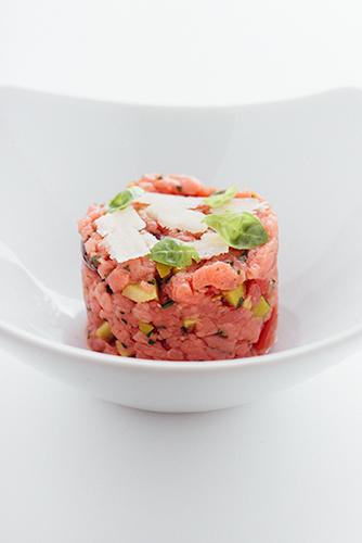 hapje steak tartaar Mediterraan