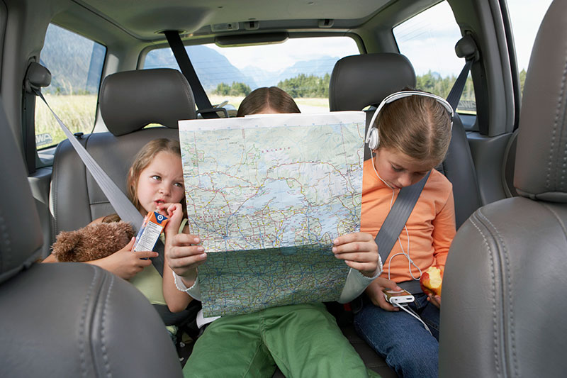 5 tips om je kinderen te entertainen op de achterbank