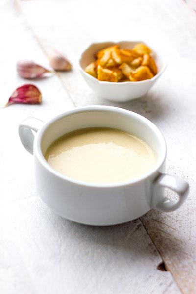 Recept Oostenrijkse knoflookroomsoep