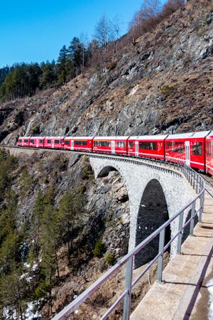 Een culinaire wintertrip in Zwitserland met de Bernina Express