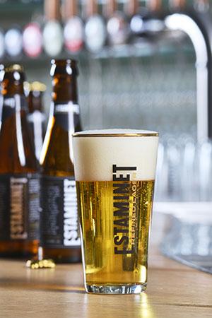 Estaminet Refined Lager – nieuwste creatie van Brouwerij De Hoorn